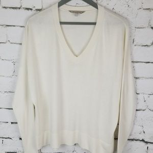 Athleta V-neck Sweater L